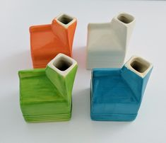 Ganz Milk Carton Pitcher Ceramic Jugs Lot 4 Creamer White Blue Green Orange Check It Out Ceramic Jugs, Ceramic Pitcher, Orange House, Green And Orange, Carton Design, Milk Jug, White Ceramics, Porcelain, Mugs