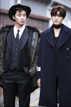 Park Seo Joon & Park Hyung Sik — Hwarang for Vogue Park Hyung Sik, Korean Star, Korean Men, Asian Actors, Korean Actors, Korean Dramas, K Drama, Kai Exo, Oppa Gangnam Style