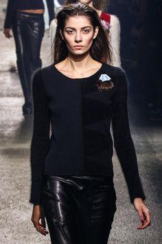 Sonia Rykiel Fall 2013 Ready-to-Wear Fashion Show Latest Fashion For Women, Womens Fashion, Ladies Fashion, Sonia Rykiel, Luxury Branding, Parisian, Catwalk, Yves Saint Laurent, Ready To Wear
