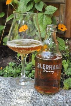 Mareike von Feiner Hopfen hat unser St. ERHARD Bier ebenfalls einem Test unterzogen: http://feinerhopfen.wordpress.com/2013/06/20/st-erhard-bernstein-aus-dem-keller/