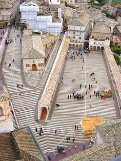 Restoration of the lower Piazza of the Basilica Di San Francesco In Assisi