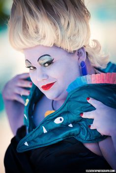Ursula The Little Mermaid Cosplay : Cosplayer friends Cosplay Pretty Lush Cosplay look absolutely awesome as Ursula Ariel from Disney's The Little Mermaid! We just don't see enough Ursula cosplays so its great to see one and it's extremely well done. Mom Costumes, Cosplay Costumes, Costume Ideas, Cosplay Ideas, Crazy Costumes, Awesome Costumes, Mermaid Costumes, Homemade Costumes, Little Mermaid Cosplay