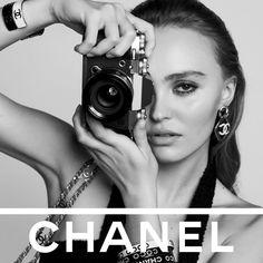"Art + Commerce's Instagram photo: ""Chanel Spring/Summer 2022. Hair: Damien Boissinot @DamienBoissinotHair @ChanelOfficial @LilyRose_Depp @AlmaJodorowsky @Rebecca_Dayan…"""