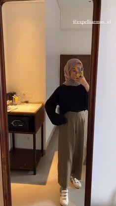 Hijab Fashion Summer, Modern Hijab Fashion, Hijab Fashion Inspiration, Casual Hijab Outfit, Ootd Hijab, Hijab Chic, Basic Outfits, Simple Outfits, Online Shopping Clothes