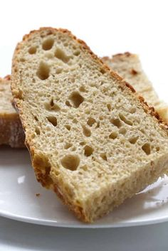 This rustic einkorn sourdough bread is delicious and filling. Einkorn has a lovely flavor and is easier on your digestion than regular flour. Artisan Sourdough Bread Recipe, Sourdough Pancakes, Sourdough Recipes, Flour Recipes, Bread Recipes, Einkorn Bread Machine Recipe, Bread Baking, Keto Bread, Rustic