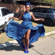 Traditional Dresses New Amazing and Stunning Traditional Dresses 2019 That Trends For Divas. African Attire, African Dress, African Wear, Seshoeshoe Dresses, Chitenge Outfits, Ankara Maxi Dress, Shweshwe Dresses, African Print Clothing, Ankara Gown Styles