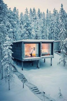 44 Must See Shipping Container Homes - House Topics Nowadays shipping container homes are getting a lot of buzz this is mainly because of few reasons: Time saving You don't need to wait half a year or even … Shipping Container Cabin, Shipping Container Home Designs, Cargo Container, Container Design, Shipping Containers, Building A Container Home, Container Buildings, Container Architecture, Container House Plans