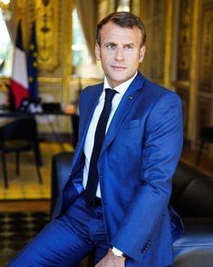 Macron France, Beaux Couples, Emmanuel Macron, Jean Michel, Turkish Actors, Sport Coat, Tuxedo, Mens Suits, Cool Pictures