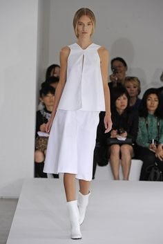 Jil Sander RTW Spring 2013 - Runway, Fashion Week, Reviews and Slideshows - WWD.com