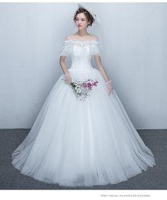 M615 - Áo cưới công chúa trễ vai ren cao cấp *** CATTIEN BRIDAL SHOP *** Tel: 0938 398 102 Web: www.banaocuoi.net Facebook: www.facebook.com/... Showroom: 54C Nguyễn Bỉnh Khiêm, Phường Đakao, Quận 1, Thành Phố Hồ Chí Minh Tags: #áocưới #váycưới #mayáocưới #mayváycưới #xưởngáocưới #aocuoi #vaycuoi #mayaocuoi #bridaldress #weddingdress #brides #bridal #wedding
