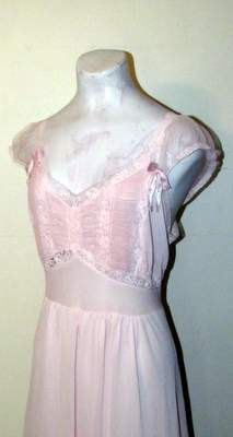 Gorgeous Victorian Pink Lace Lingerie by BeauMondeVintage on Etsy, $38.00