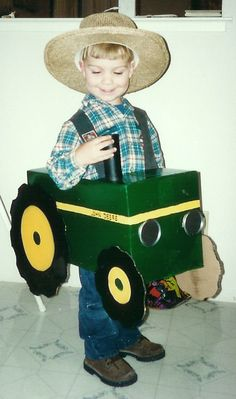 Jacob is so being this for Halloween next year! @Joycelyn LeDoux volpenhein John Deere tractor costume