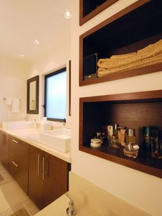 Charming Contemporary Design for Modern House: Fascinating Bathroom Wooden Vanity Design Casa Culver City