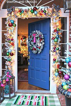 Christmas Home Tour Merry Little Christmas, Pink Christmas, All Things Christmas, Winter Christmas, Christmas Home, Christmas Manger, Retro Christmas Decorations, Christmas Tree Themes, Christmas Inspiration