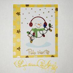 Tarjeta navideña con brillos y embossing caliente metalizado #Navidad #xmas #card #diy #manualidades #scrap #scrapbook http://lostesorosdeanystef.blogspot.com.es/2015/12/tarjeta-de-estrellas-doradas.html