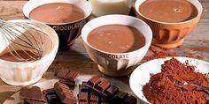 Horká čokoláda patří k oblíbeným nápojům v zimním období. Nejenže tělo zahřeje, ale svou chutí příjemně pohladí chuťové pohárky a v podstatě také zasytí.