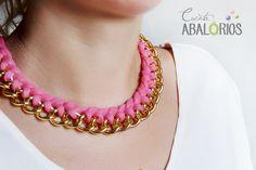 Tutorial: Como hacer este collar de trapillo. Sencillo trenzado de trapillo y cadena. By: www.cuentaablorios.com
