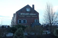 Chart House Restaurant, Boston: See 770 unbiased reviews of Chart House Restaurant, rated 4 of 5 on TripAdvisor and ranked #82 of 2,989 restaurants in Boston.