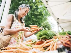 New research from Ohio State University does suggest that following an anti-inflammatory diet can strengthen women's bones and help prevent fractures.