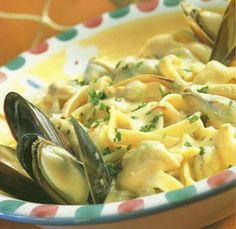 Ingredients mussels 1 cup white wine 3 cloves of garlic 3 spring onions fresh parsley and chives double thick cream salt and . Shellfish Recipes, Seafood Recipes, Pasta Recipes, Cooking Recipes, Pasta Meals, Seafood Pasta, Seafood Dishes, Pasta Dishes, Mussels Seafood