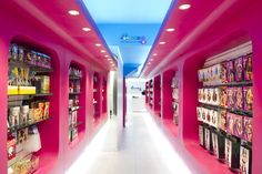 Condoms & Co. Juguetería para adultos. Egue y Seta Interior Design