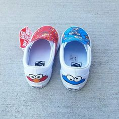 Custom Elmo and Cookie Monster Vans - Diy - Painted Canvas Shoes, Custom Painted Shoes, Hand Painted Shoes, Painted Vans, Custom Vans Shoes, Custom Sneakers, Outfits With Vans, Diy Fashion Shoes, Women's Fashion