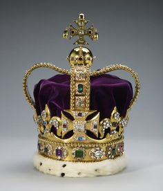 St. Edward's Crown, England (1661; gold, silver, platinum, enamel, tourmalines, topazes, rubies, amethysts, sapphires, aquamarines, zircons, garnet, peridot, spinel, velvet, ermine). Royal Collection © Her Majesty Queen Elizabeth II.