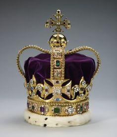 St. Edward's Crown, England (1661; gold, silver, platinum, enamel, tourmalines, topazes, rubies, amethysts, sapphires, aquamarines, zircons, garnet, peridot, spinel, velvet, ermine). Royal Collection © Her Majesty Queen Elizabeth II.