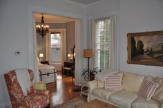 Cozy, perfectly located Highlands, Louisville, Kentucky, Derby weekend 2017 condo for rent. Visit Derby Home Rental. #kentucky #derby #kyderby #louisville