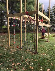 Building your own Ninja Warrior obstacle course. Backyard Playground, Backyard For Kids, Backyard Games, Backyard Landscaping, Playground Ideas, Kids Yard, Natural Playground, Backyard Ideas, Kids Ninja Warrior