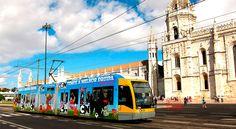 Лайфхак – бюджетное путешествие в Лиссабон - via PortugalRu 08.04.2015 | Как интересно и вкусно отдохнуть в Лиссабоне всего за 25 евро в день. В Лиссабон можно влюбиться, едва спустившись с трапа самолета: голову вам сразу же вскружит свежий морской воздух. А когда вы окажетесь в историческом центре, то поймете, что пропали окончательно и бесповоротно. | современный трамвай