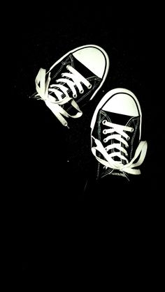 <b>White Converse Wallpapers</b> - CNSouP Collections
