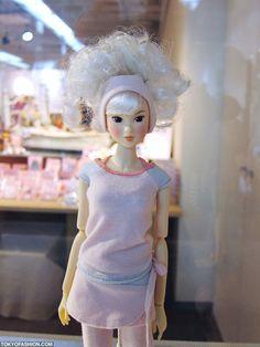 Japanese Momoko Doll