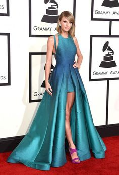 Grammys 2015 Red Carpet Arrivals - Taylor Swift in Elie Saab Taylor Swift Outfits, Style Taylor Swift, Taylor Taylor, Celebrity Red Carpet, Celebrity Style, Red Carpet Gowns, Red Carpet Outfit, Best Red Carpet Dresses, Red Carpet Fashion