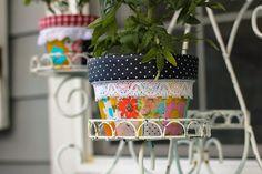30+ DIY floral crafts to make. Easy floral home decor ideas, fun craft home decor ideas!