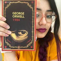 Me acabo de comprar el primer libro que leeremos en el #clubdelecturageekandchic   1984 - George Orwell. Los invito a participar a intentar desconectarse junto conmigo del celu y retomar la lectura. Leeremos 1 libro cada mes y nos juntaremos en la comodidad de nuestra pantalla (en vivo por @geekandchic instagram) a comentar la lectura. Esto lo haremos cada 5 de cada mes. Para participar solo deben motivarse conseguir el libro leerlo y conectarse el 5 de febrero a las 23 horas al en Vivo que…