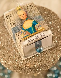 Marie Antoinette Trinket Box. Easy DIY