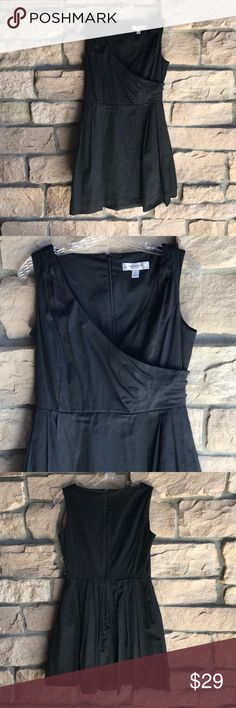 Isaac Mizrahi For Target Black Dress🎩 Nicole Miller Dress🎩. Great preowned condition. Great detail on this Little Black Dress!  Hidden zipper in back, pockets, little button detail on side Isaac Mizrahi Dresses