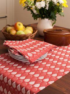 Ochre & Ocre Organic Cotton Table Runner - Isabella: Isabella Red
