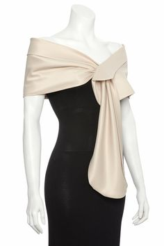 shawl comes in champagne or black