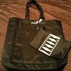 Reducec!! Vs bags Super cute and classy vs bags. Victoria's Secret Bags Travel Bags