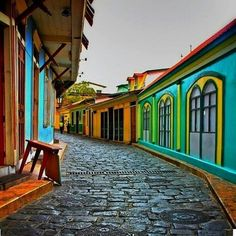 This old city is amazing to capture recommend (Guayaquil Ecuador) Places Around The World, Oh The Places You'll Go, Places To Travel, Places To Visit, Around The Worlds, Equador Quito, Chile, Quito Ecuador, Uruguay