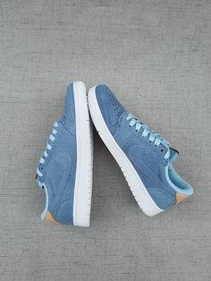 ace0b5550c3 Top Quality Offer Nike Air Jordan 1 Retro Low 2017 Modrý Bílý