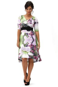 Anna Stretton orchard floral dress Woman Painting, Anna, Dresses For Work, Lady, Floral, Wedding, Fashion, Valentines Day Weddings, Moda