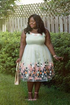 Musings of a Curvy Lady, Plus Size Fashion, Fashion Blogger, ModCloth, Fashion For All, Vintage Inspired,  Women's Fashion, Style Hunter, You Got It Right, People StyleWatch, Mad Men Style, Tulle, Satin, Embroidery, Pearl Necklace, Vintage