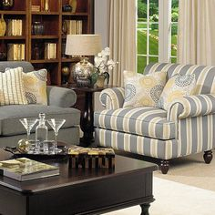 Love the colors & patterns in this Livingroom grouping!