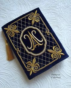 Goldwork by Natalya Sorokina Tambour Embroidery, Gold Embroidery, Embroidery Patterns, Curtain Designs For Bedroom, Commonplace Book, Handmade Clutch, Workshop Design, Byzantine Art, Gold Work