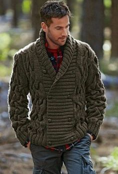 Winter Wear☆Thick Sweater - I would wear that sweater!!!