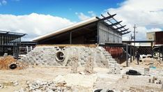 Ecobrick Exchange: The City of Cape Town is constructing an Early Childhood Development Centre out of (almost entirely) reclaimed and natural materials. City architect Ashley Hemraj has achieved a miracle by convincing authorities to build with this wide range of alternative materials.