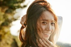 See more of SNSD YoonA's beautiful promotional pictures for 'Innisfree' Im Yoona, Kim Hyoyeon, South Korean Girls, Korean Girl Groups, Yoona Innisfree, Girl's Generation, Kwon Yuri, Popular Girl, Girl Bands